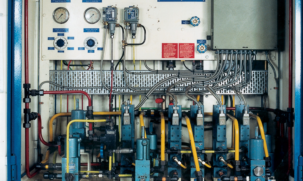Typical hydraulic valve station