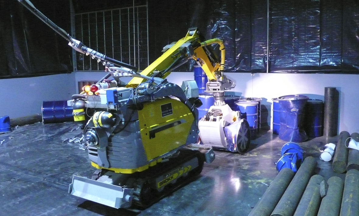 Nuclear waste vault retrieval machine under test at Qualter Hall - 4 of 7