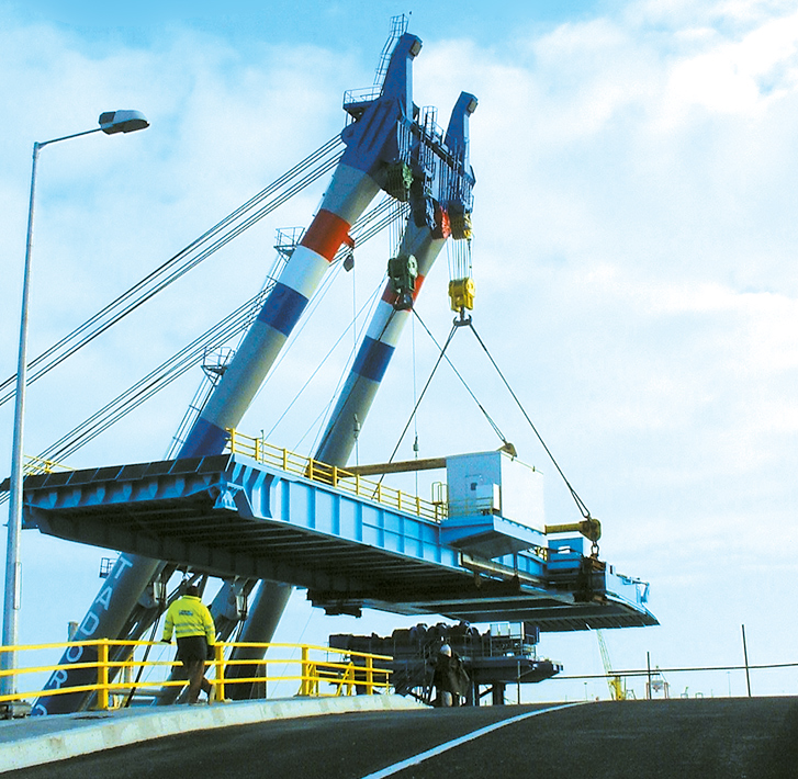 Ro-Ro linkspan installation of top deck | Dublin Port