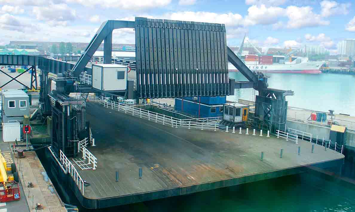 Complete new turnkey control for the upper deck and viaduct 3 of berth 3 Ro-Ro linkspan | Portsmouth
