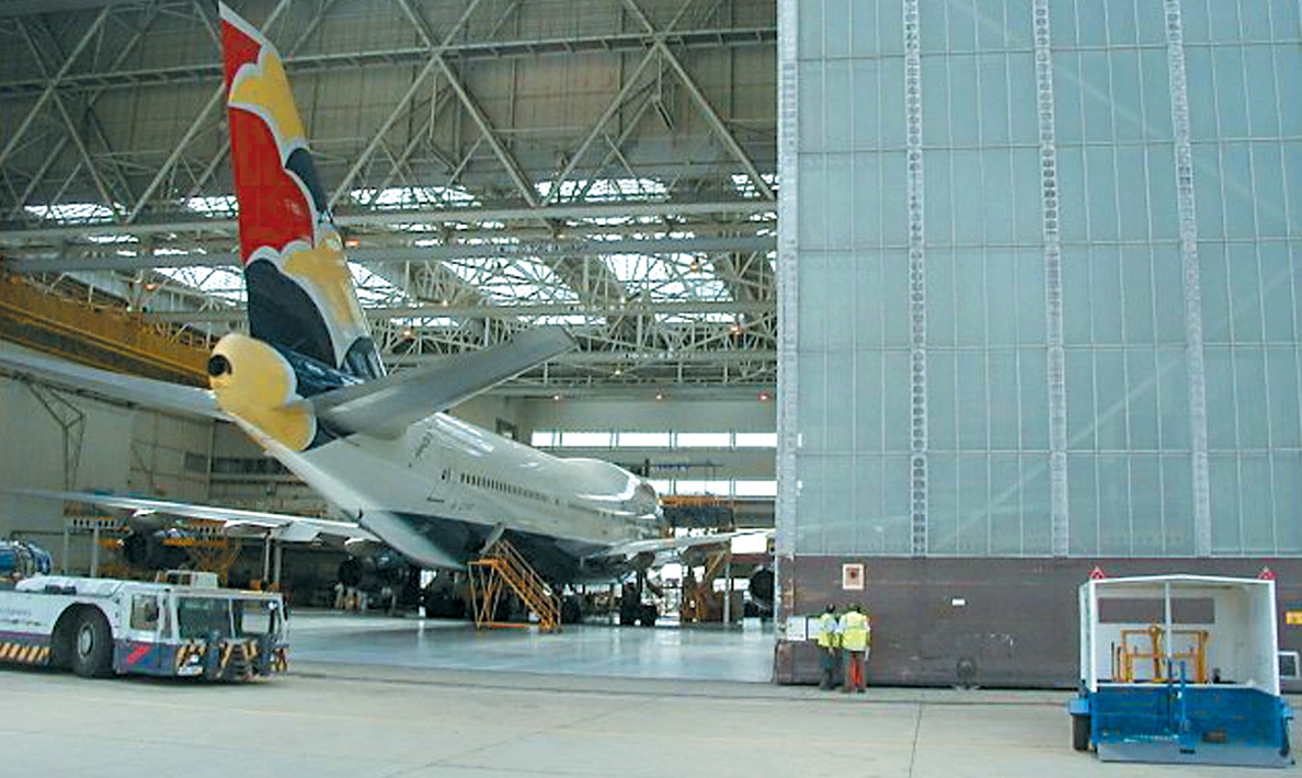 Hangar doors drive and control System | Heathrow Airport