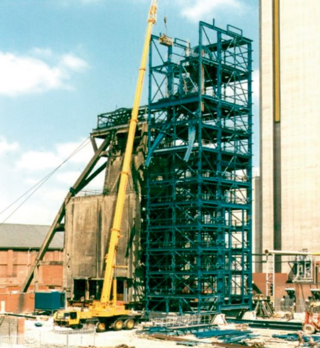 Skip and cage shaft headgear installation | Harworth Colliery