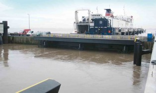 Berth 1 adjustable ramp I Humber Sea Terminal