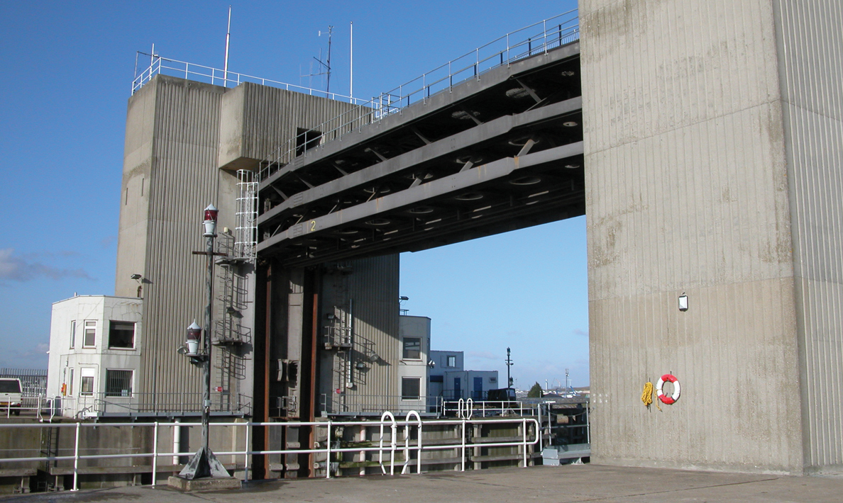 Refurbishment of Dartford Creek Barrier | Dartford